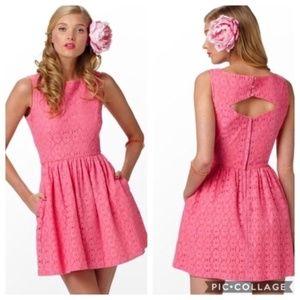Lilly Pulitzer Aleesa Hotty Pink Lace Dress Size 8
